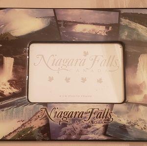 NWT 8 x 10 Niagara Falls Photo Frame